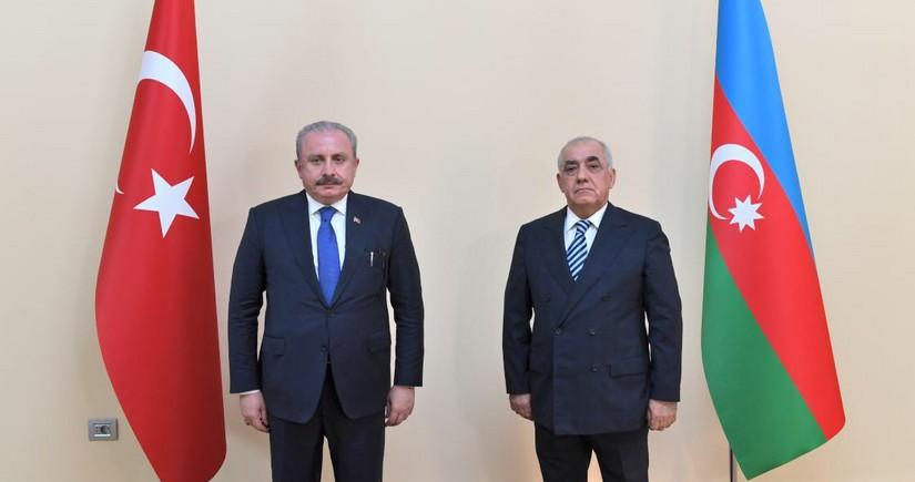 Али Асадов встретился с председателем парламента Турции