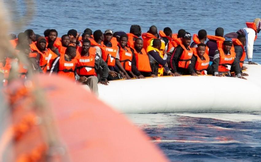 Британские пограничники задержали лодку с 22 мигрантами в проливе Ла-Манш