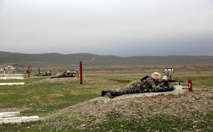 Azərbaycan ordusu hərbi texnika və atıcı silahlardan atışlar icra edib