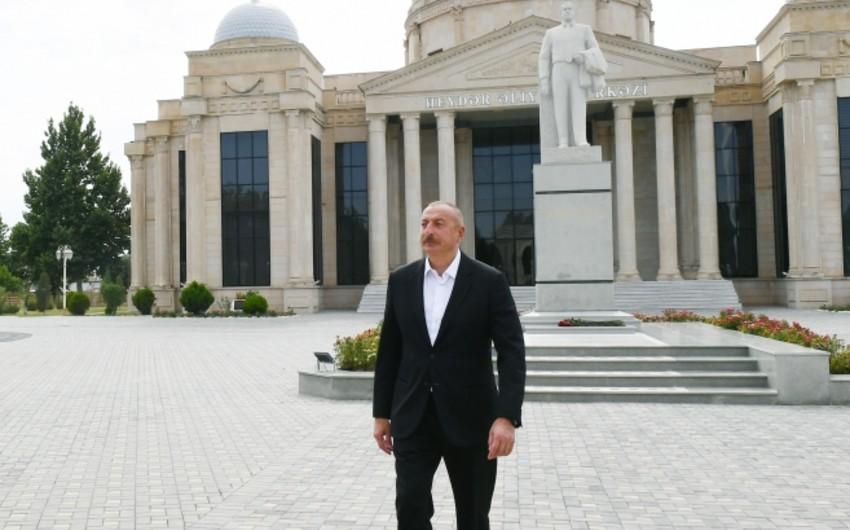 Президент: Азербайджан является страной, наиболее пострадавшей от войны, при этом деньги предоставляют Армении