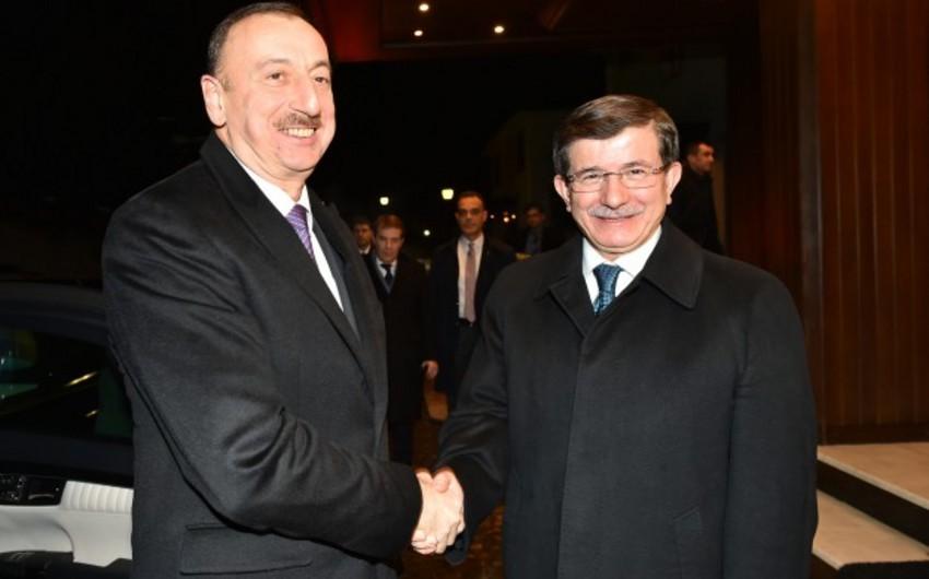Prezident İlham Əliyev Türkiyənin Baş naziri Əhməd Davudoğlu ilə görüşüb
