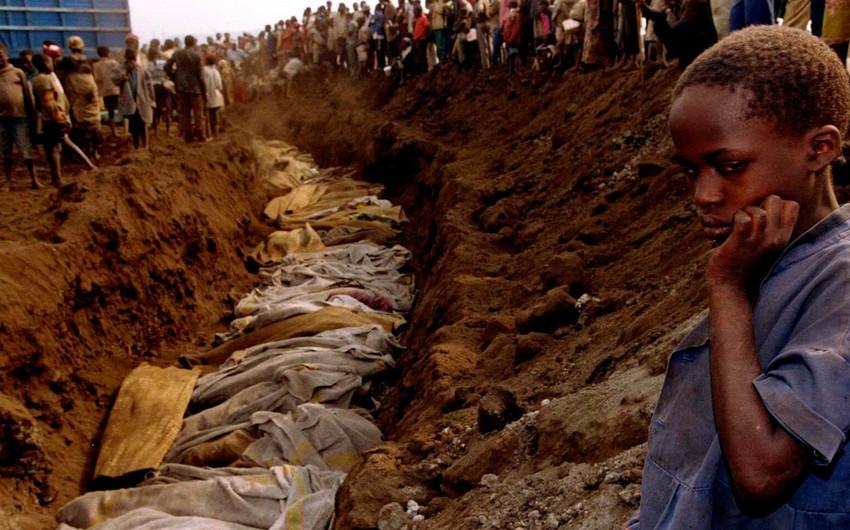 Ruandada minlərlə insanın meyitinin axtarışlarına başlanıldı