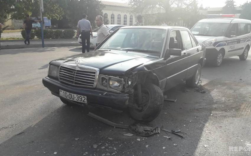 Kürdəmirdə iki minik avtomobili toqquşub - FOTO