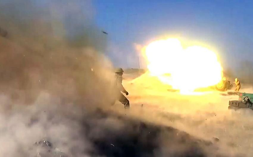 Düşmən mövqelərinə endirilən raket-artilleriya zərbələri