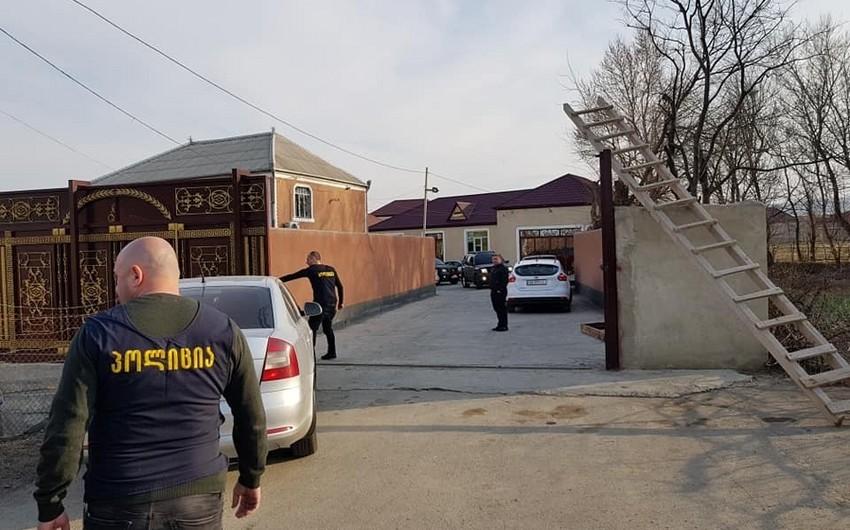Tbilisidə azərbaycanlı ailənin 3 üzvü saxlanılıb