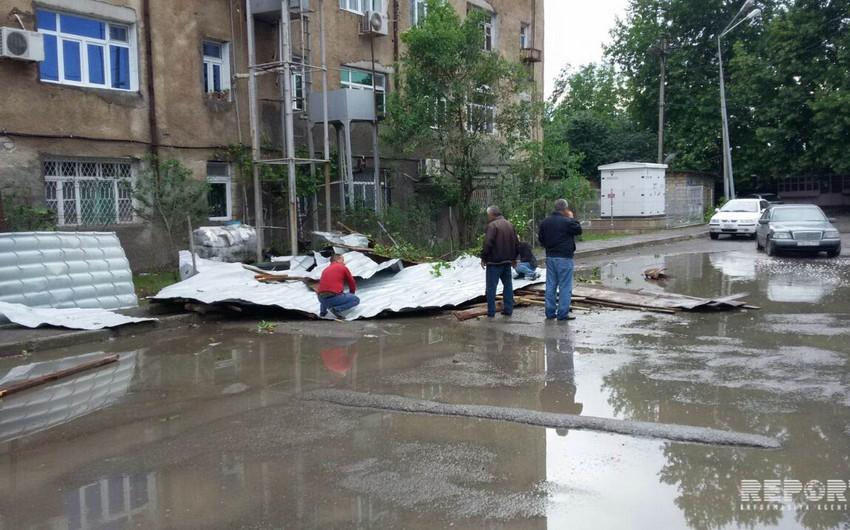 Güclü külək və leysan yağışlar bir sıra rayonlarda fəsadlar törədib - FOTO - YENİLƏNİB