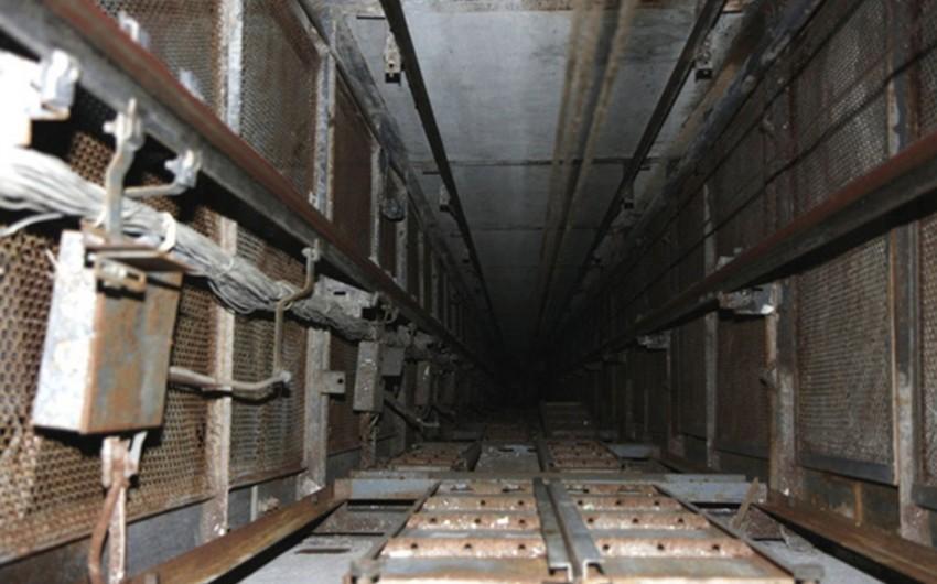 Tələbə qızın lift şaxtasına düşmə hadisəsi ilə bağlı cinayət işi başlanıb