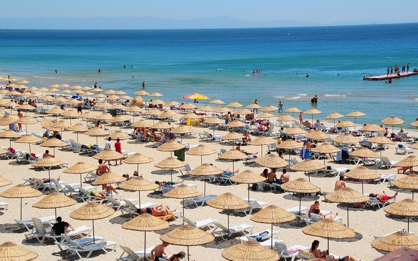 Temperature of sea water at Absheron beaches on Sunday announced
