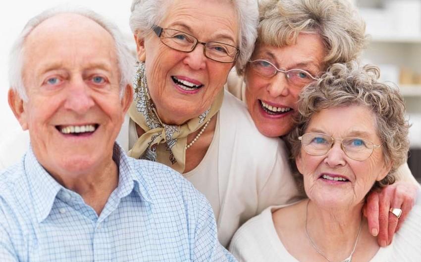 ÜST: Yaşlı insanlara daha çox varlı dövlətlərdə hörmət qoyulmur