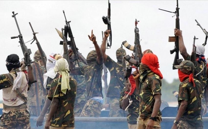Konqoda qiyamçılar 30 mülki vətəndaşı öldürüblər