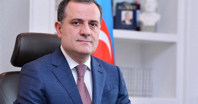 Bayramov meets with representatives of American Jewish Committee