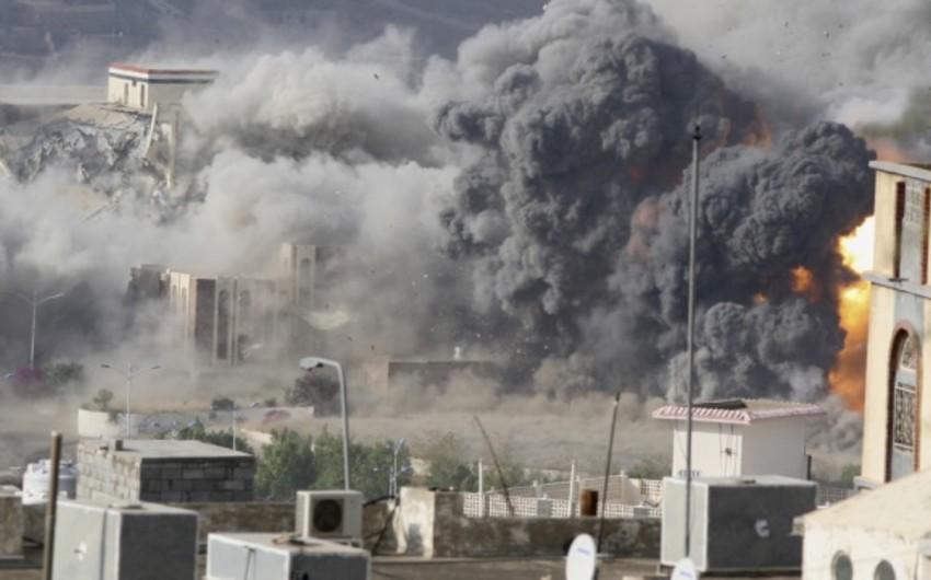 Ərəb koalisiyası Yəmənin bombardımanını bərpa edib