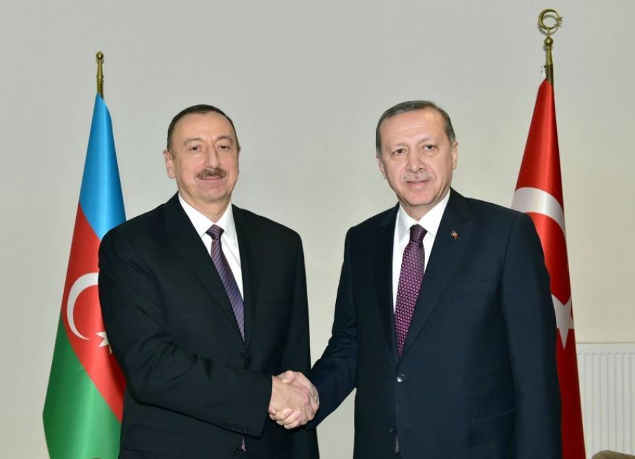 Azərbaycan və Türkiyə prezidentləri arasında   -