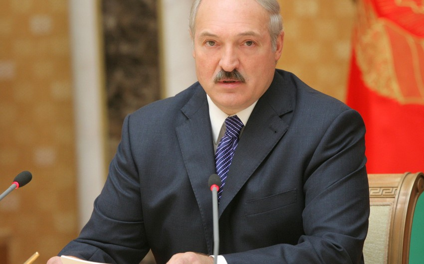 Aleksandr Lukaşenko: Belarus öz müəssisələrində Azərbaycan neftinin emalında maraqlıdır