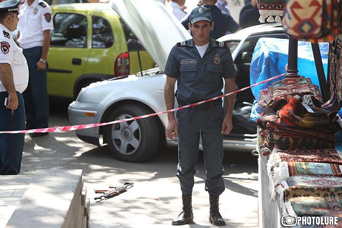 Yerevanda iki cinayətkar qrup arasında atışma olub, ölən və yaralanan var