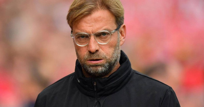 Klopp rues 'massive blow' as Liverpool suffer historic home defeat
