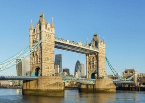 Londonda məşhur Vestministr körpüsü bağlanıb