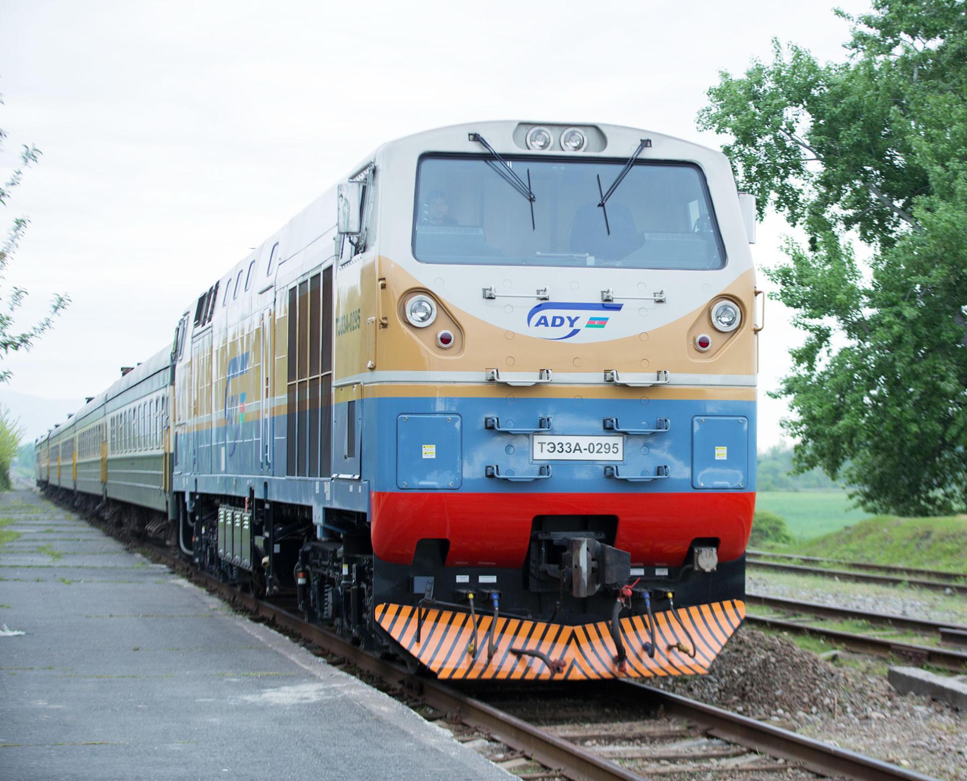 В Азербайджане возросли перевозки по железной дороге
