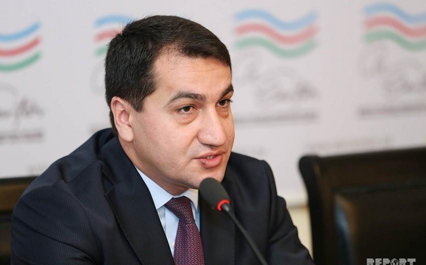 Hikmət Hacıyev: Azərbaycan neft ehtiyatlarından ölkənin sabit inkişafı üçün istifadə edib