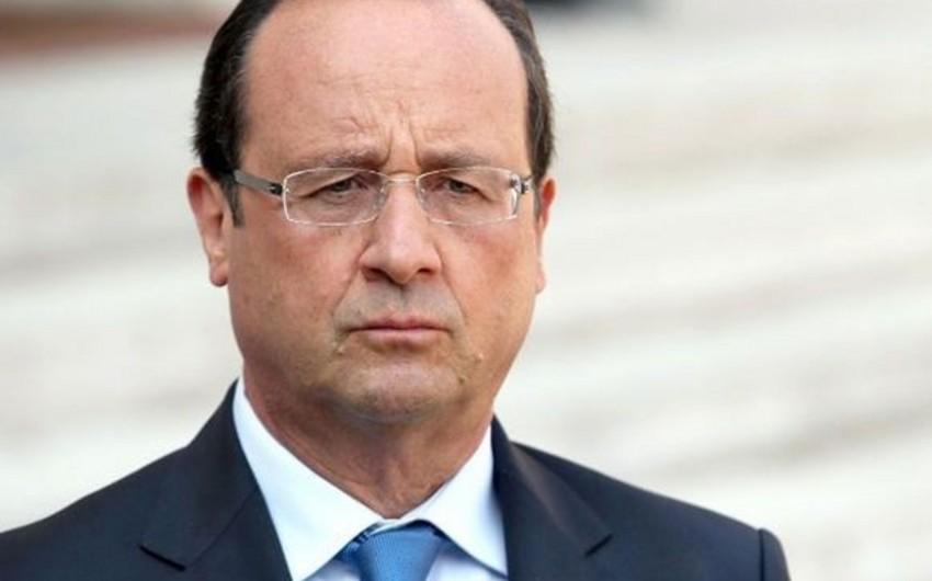 Fransa prezidenti İrakda kürd hərbi birləşmələrinin qərargahını ziyarət edib