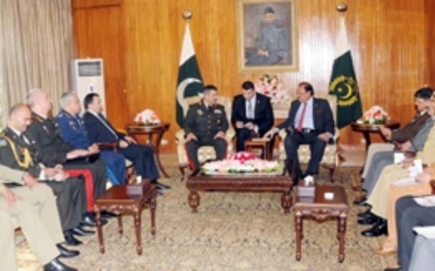 Prezident: Pakistan Azərbaycanla əlaqələrin inkişafına böyük önəm verir