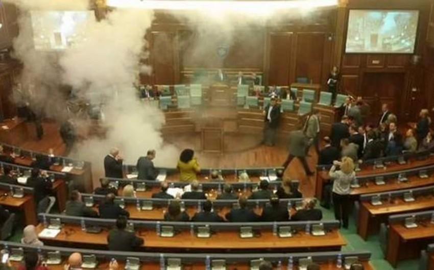 Kosovo parlamentində partlayış baş verib