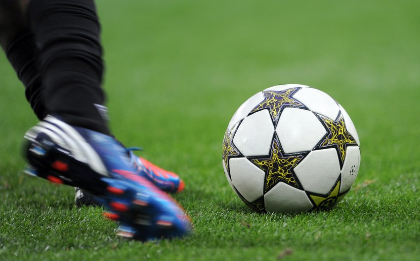 В Азербайджане увеличится число занимающихся футболом людей