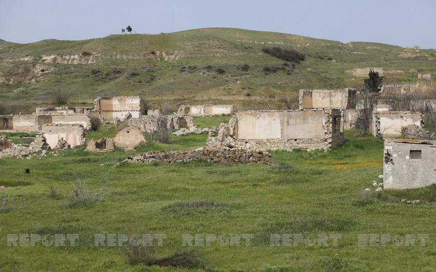 Dövlət başçısı: Azərbaycan dağıdılmış ərazini yüksək yaşayış standartlarına malik firavanlıq məkanına çevirəcək