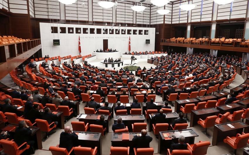 Türkiyədə konstitusiyanı dəyişmək üçün keçiriləcək referendumun tarixi açıqlanıb