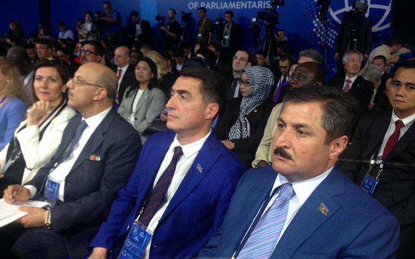 Azərbaycan nümayəndə heyəti Moskvada Parlamentarizmin inkişafı beynəlxalq forumunda iştirak edir
