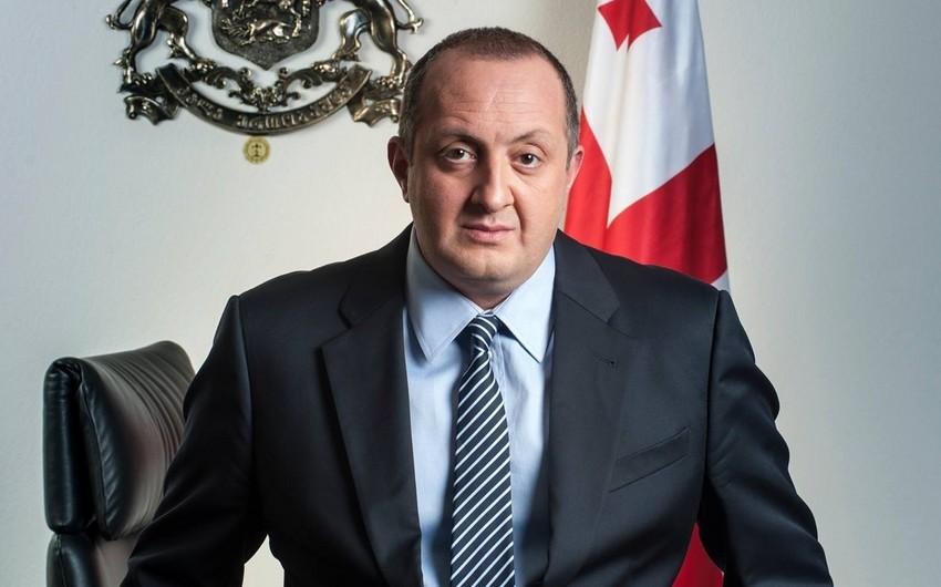 Gürcüstan prezidenti Kvirikaşvilinin baş nazir vəzifəsinə təyin edilməsi haqqında sərəncam imzalayıb