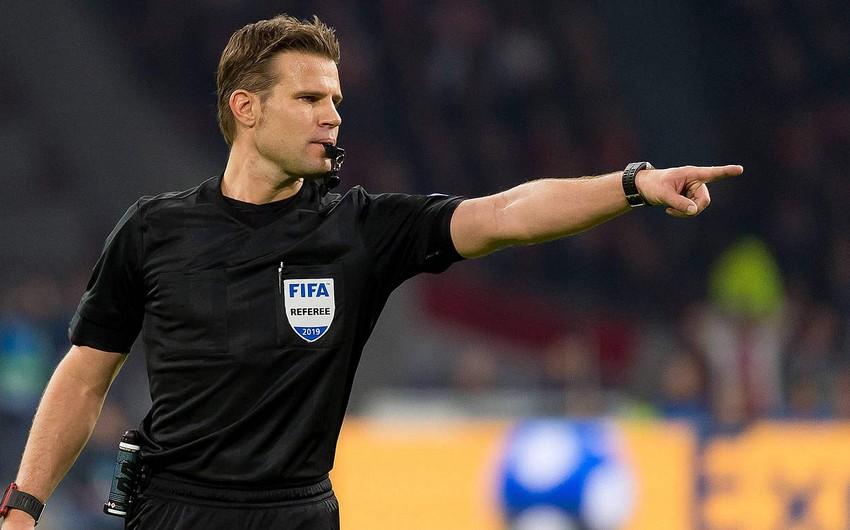 Tanınmış futbol hakimi beynəlxalq karyerasını başa vurdu