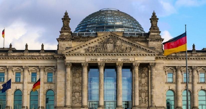 Бундестаг впервые собрался в новом составе после парламентских выборов