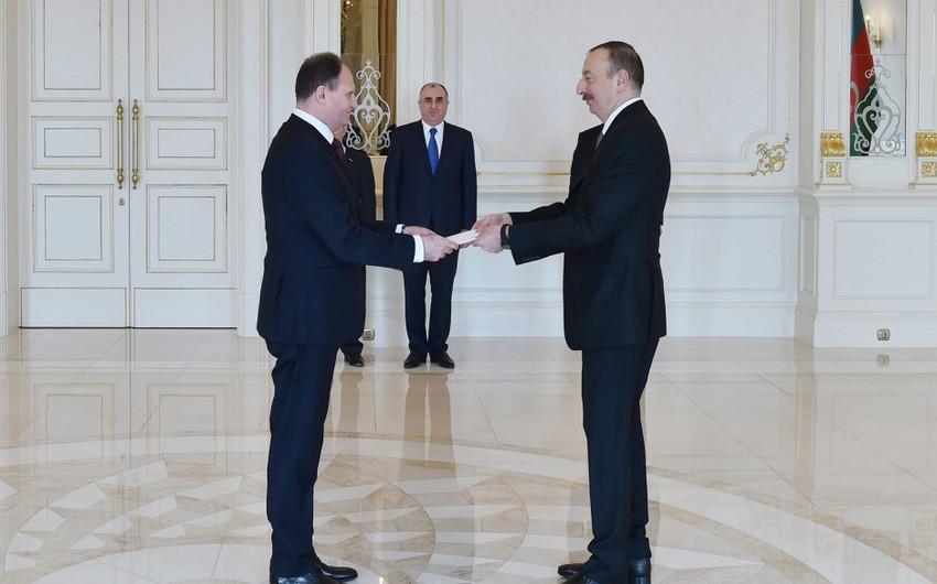 Prezident İlham Əliyev Moldovanın Azərbaycanda yeni təyin olunmuş səfirinin etimadnaməsini qəbul edib
