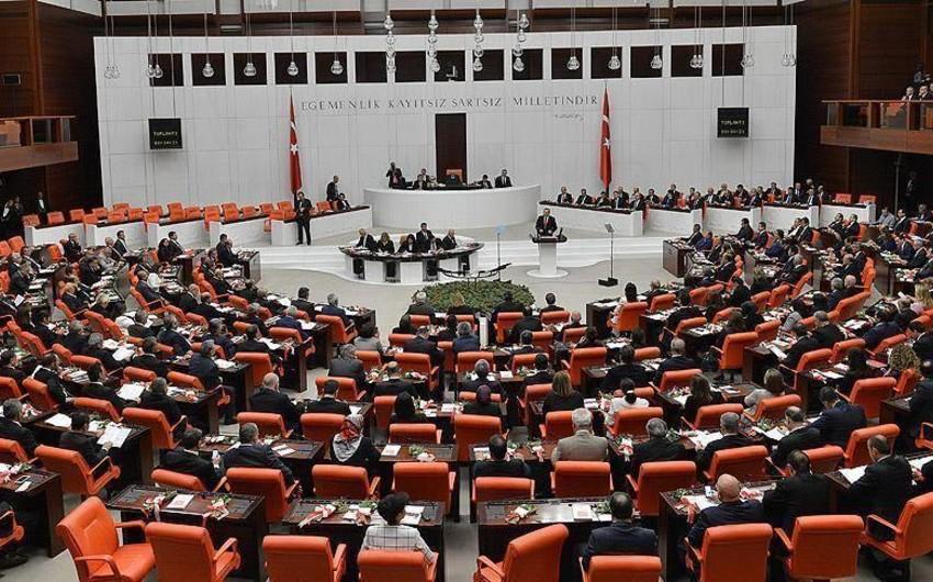 Türkiyə parlamentariləri Yerevanı işğal olunmuş Azərbaycan torpaqlarını tərk etməyə çağırıblar