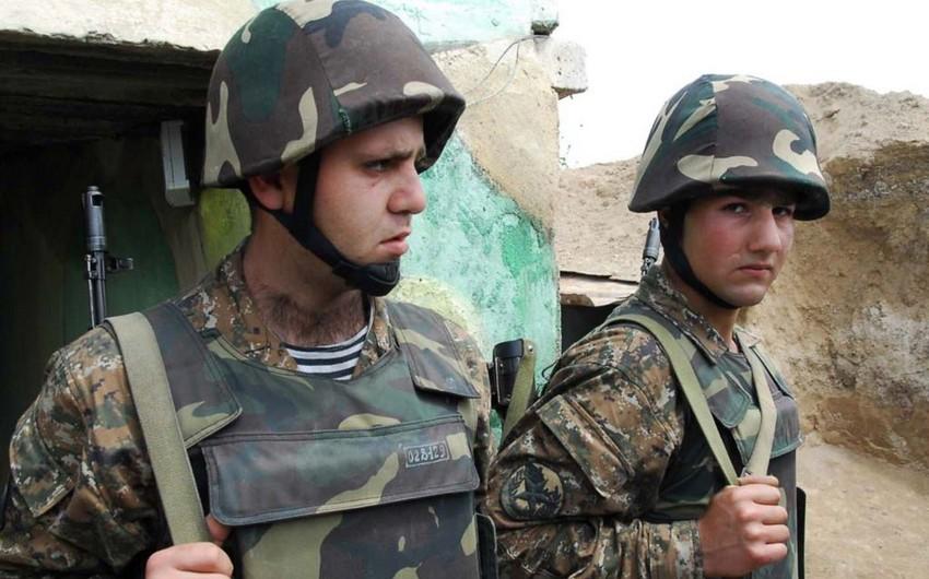 Ermənistan ordusunun 10 yüksək rütbəli zabiti istefaya göndərilib