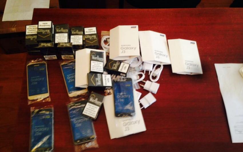 Azərbaycana qanunsuz mobil telefon keçirilməsinin qarşısı alınıb