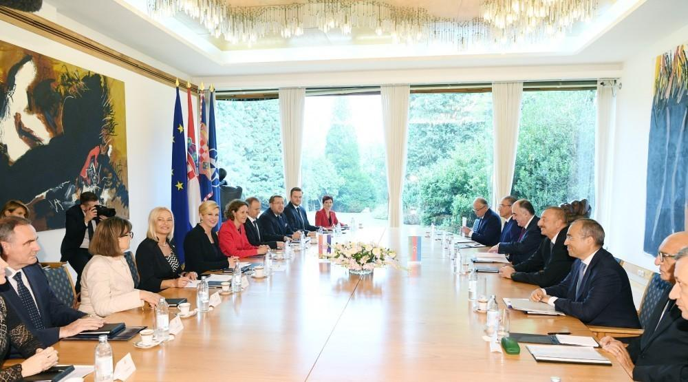Presidents of Azerbaijan and Croatia meet in expanded format