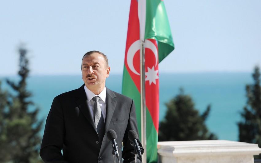Prezident İlham Əliyev aprel döyüşlərinin qəhrəmanlarını təltif edib