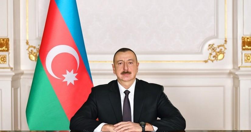 Ильхам Алиев поделился в Twitter публикацией по случаю Гурбан байрамы
