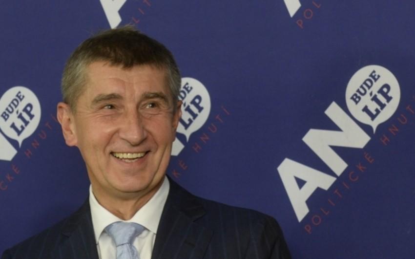 Премьеру Чехии и его семье угрожали убийством