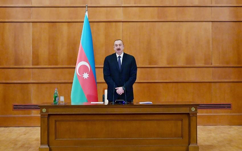Azərbaycan Prezidenti İlham Əliyev şəhid ailələri ilə görüşüb - YENİLƏNİB