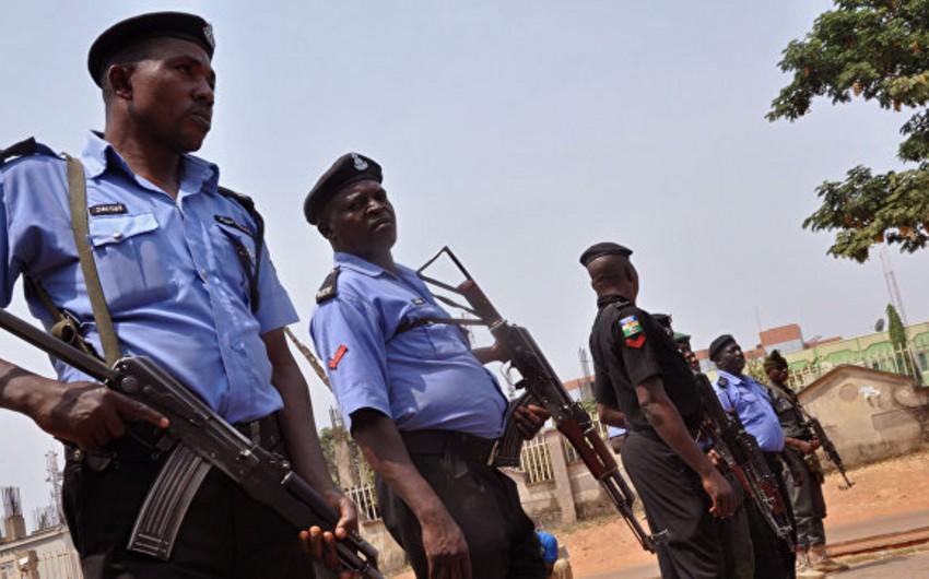 Nigeriyada kilsədə atışma zamanı 12 nəfər öldürülüb