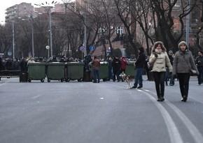 Протестующие перекрыли проспект в Ереване