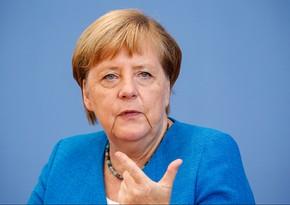 Merkel qarşıdakı həftələri Almaniya üçün ən çətin dönəm adlandırıb