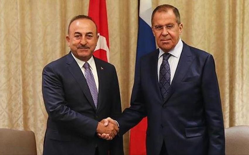 İstanbulda Türkiyə ilə Rusiya xarici işlər nazirlərinin görüşü olub