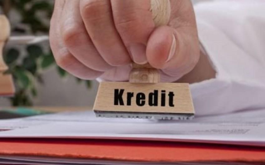 Azərbaycanda banklararası kreditlər bahalaşıb