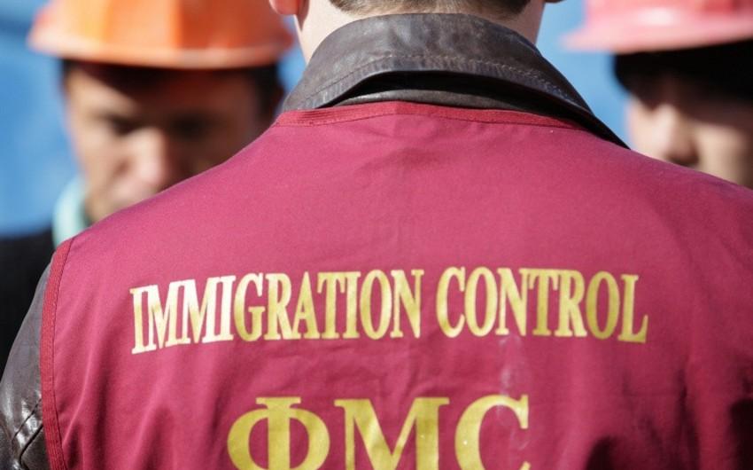Rusiya FMX: 1 milyona yaxın xarici vətəndaşın Rusiyaya girişi qadağan olunub