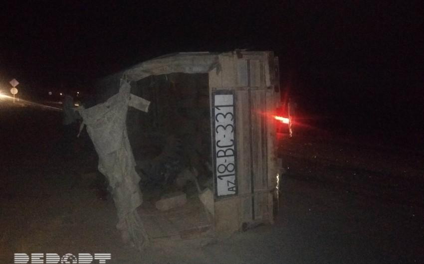 Salyanda yol qəzası nəticəsində bir nəfər xəsarət alıb - FOTO