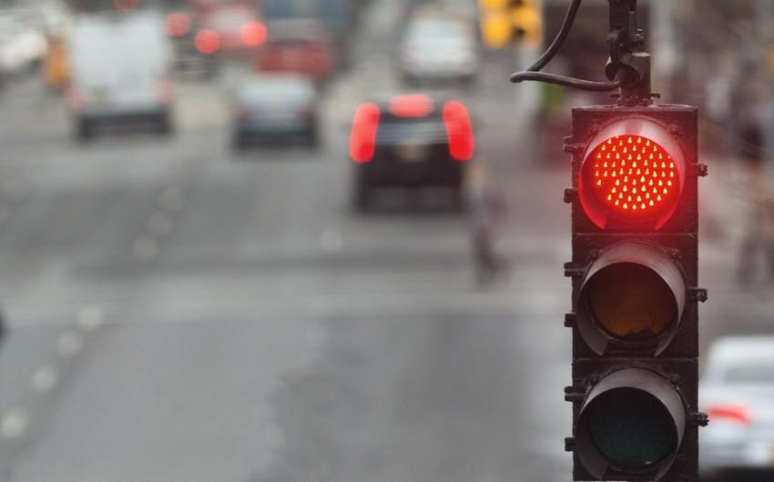 Дождь нарушил работу светофоров в Баку